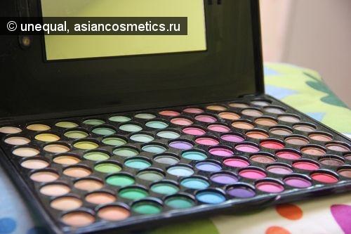 Отзывы об азиатской косметике: Палетка теней от неизвестного китайского производителя.